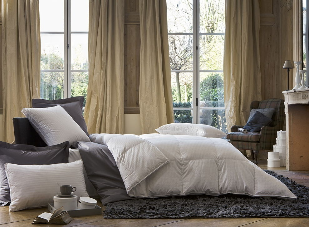 couette duvet d oie supr me le bon choix pour l hiver. Black Bedroom Furniture Sets. Home Design Ideas